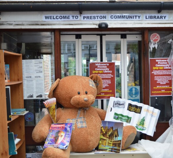Titus the Barham Bear goes to Preston Community Library